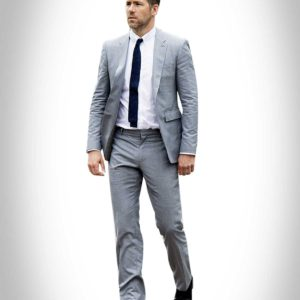 Hitman Bodyguard Ryan Renolds Suit