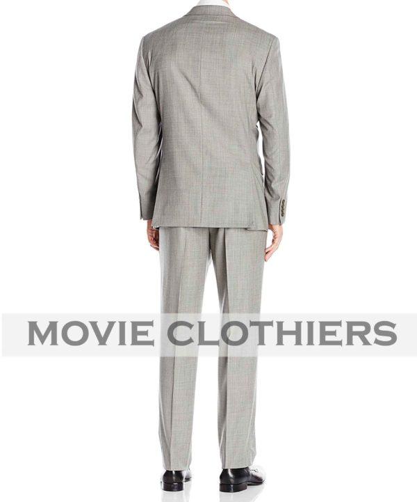 Ryan Renolds Michael Bryce grey hitman bodyguard suit